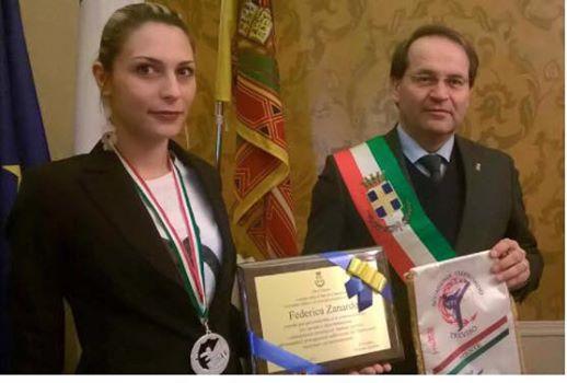"""""""La campionessa di Taekwondo Federica Zanardo ricevuta in comune con onore"""""""